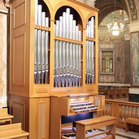 Pontificio Santuario della Beata Vergine del Rosario di Pompei (NA) - ITALY